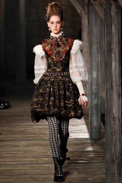 Elizabethan Inspired Mens Fashion