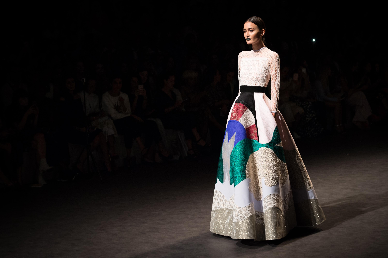 Manipur fashion extravaganza 2018 Airbrush - Wikipedia